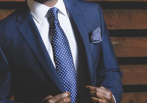 להשכיר או לקנות חליפה? מדריך למתלבש המתלבט