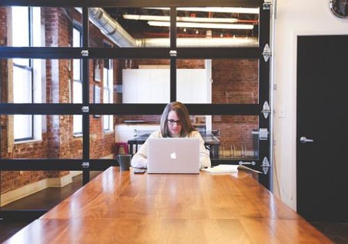 סי וי. פול : האם מודעות דרושים מספיקות לגיוס עובדים?